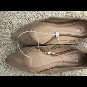 Shoes - Size 7 flats